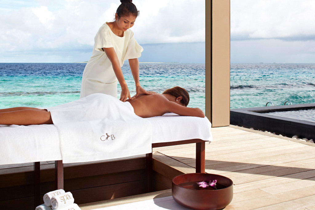 Расслабляющий массаж. Мальдивские острова