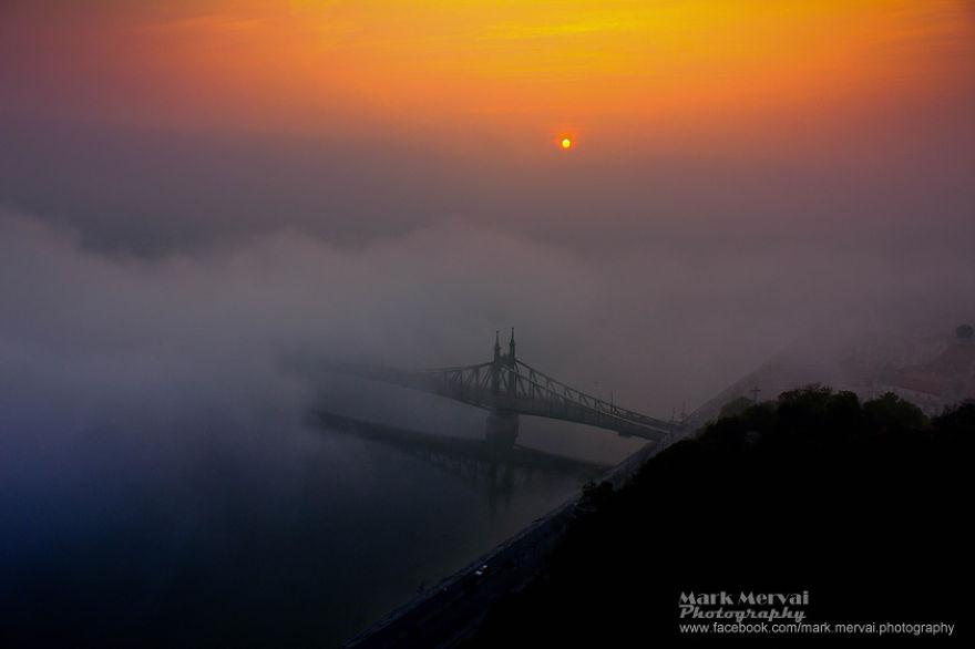 Будапешт фото города в тумане