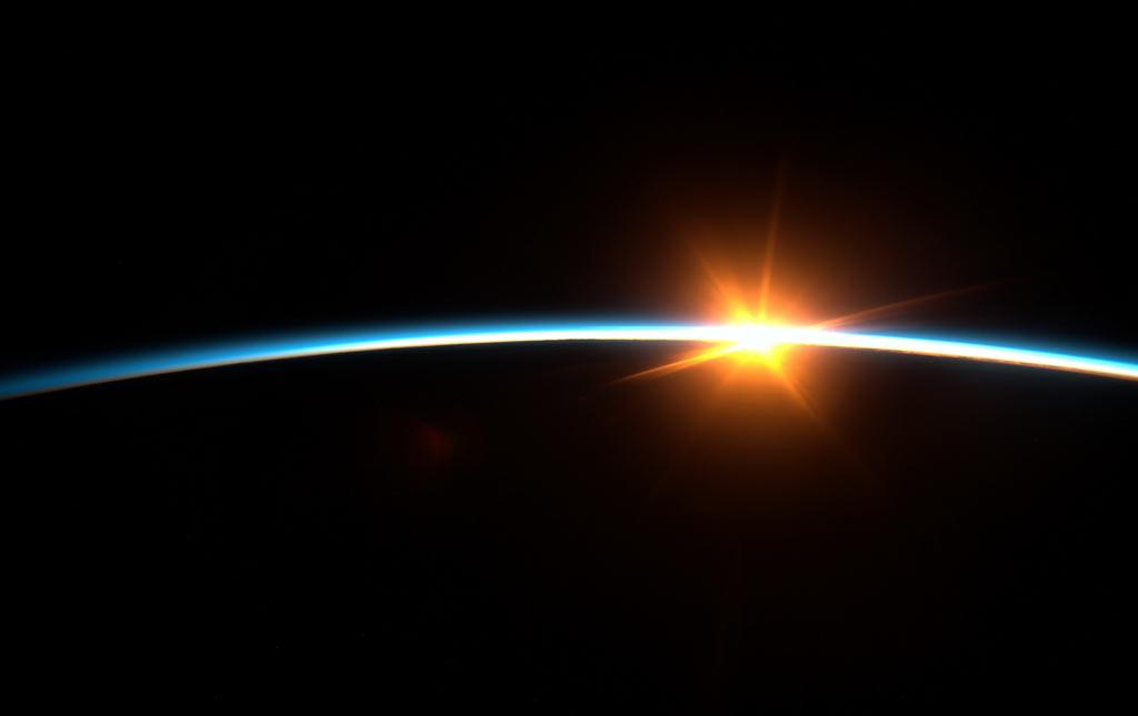 Закат с борта МКС