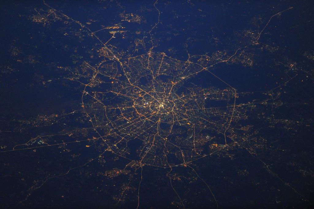 Москва с борта МКС