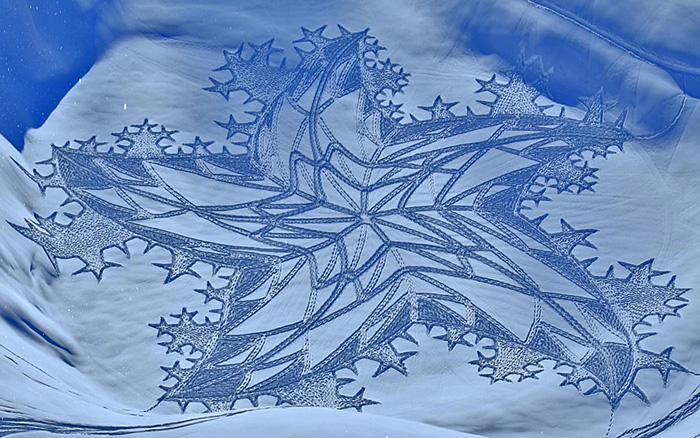 Рисунки на снегу, автор Саймон Бек