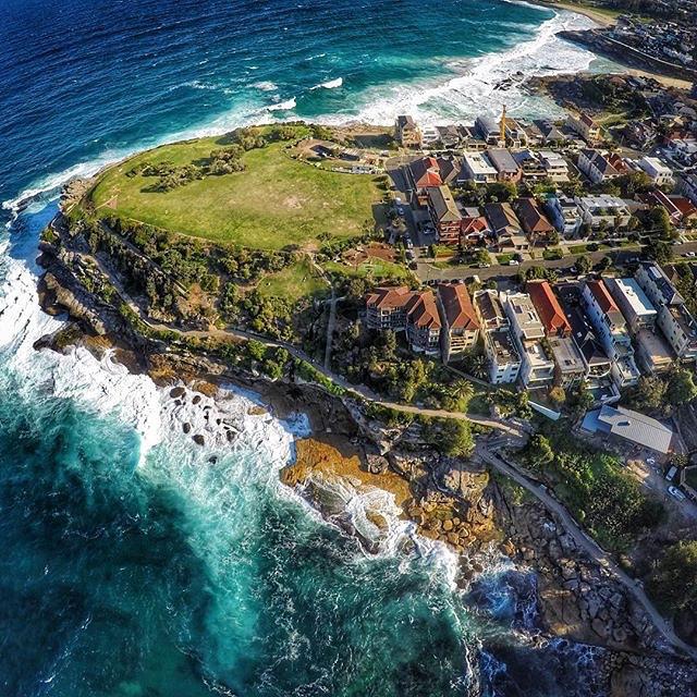 Пляж Бонди, Австралия. Фото с высоты