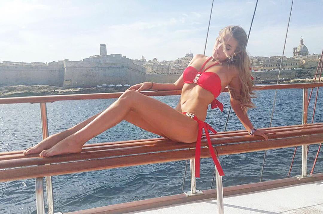 Анастасия Михайлюта, девушка в бикини