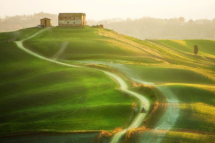 Сказочный пейзаж Тосканы, Италия