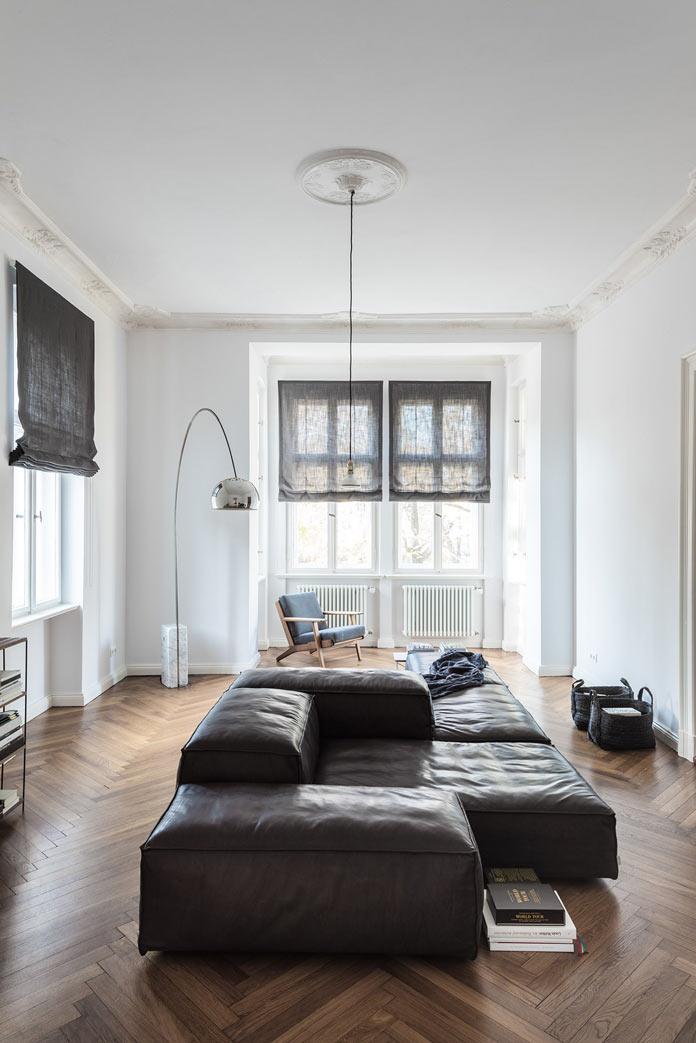 Traveller's Home аскетичная гостиная