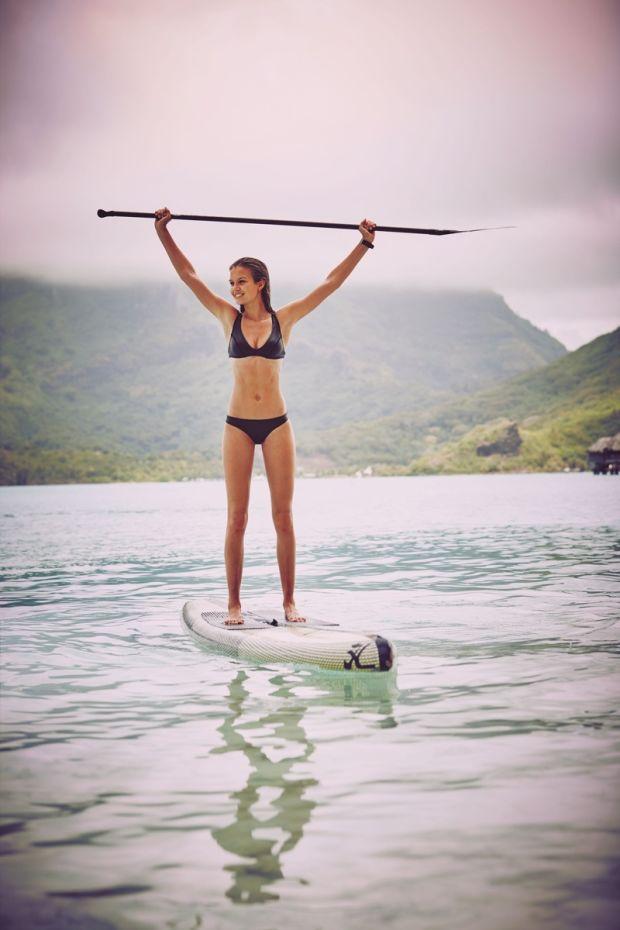 Ангелы Victoria's Secret на съемках для каталога купальников на острове Бора-Бора