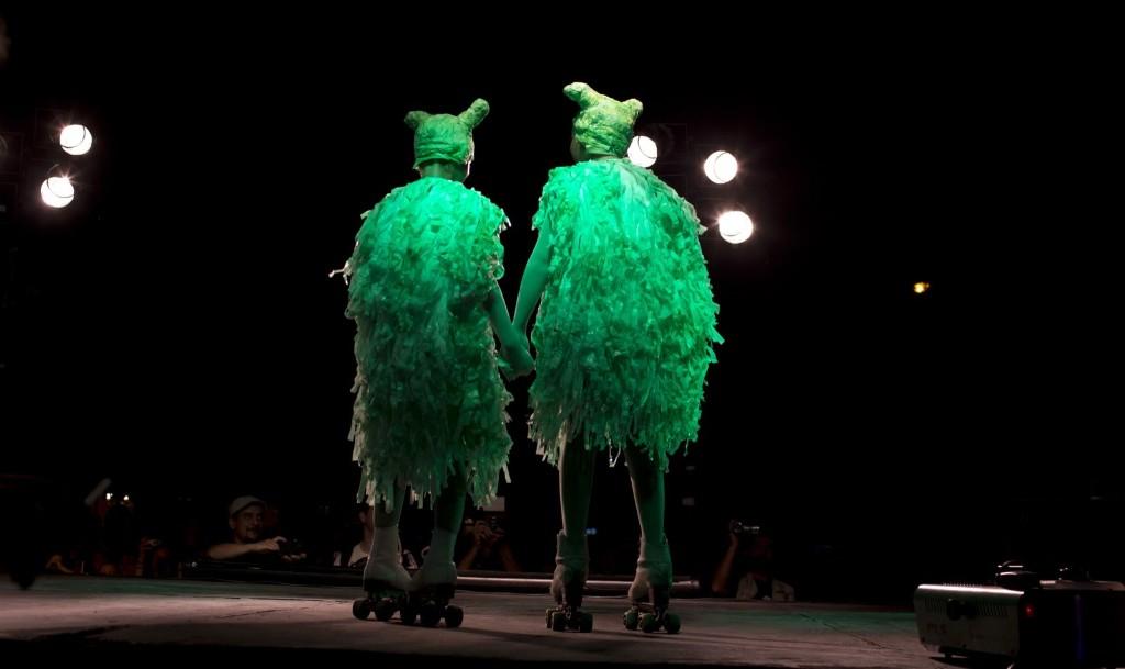 Ежегодный фестиваль НЛО и пришельцев в Аргетине, 2016 г., конкурс костюмов