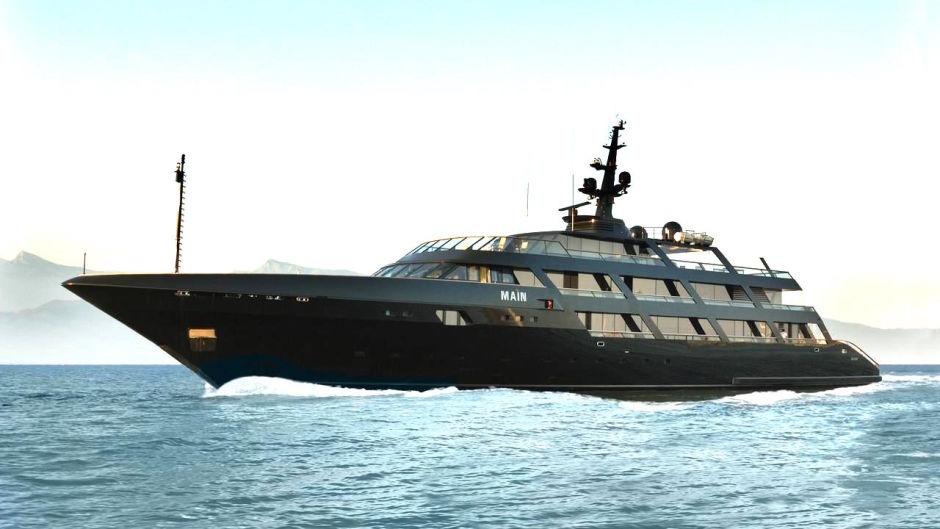 "Giorgio Armani's Superyacht ""Main"""