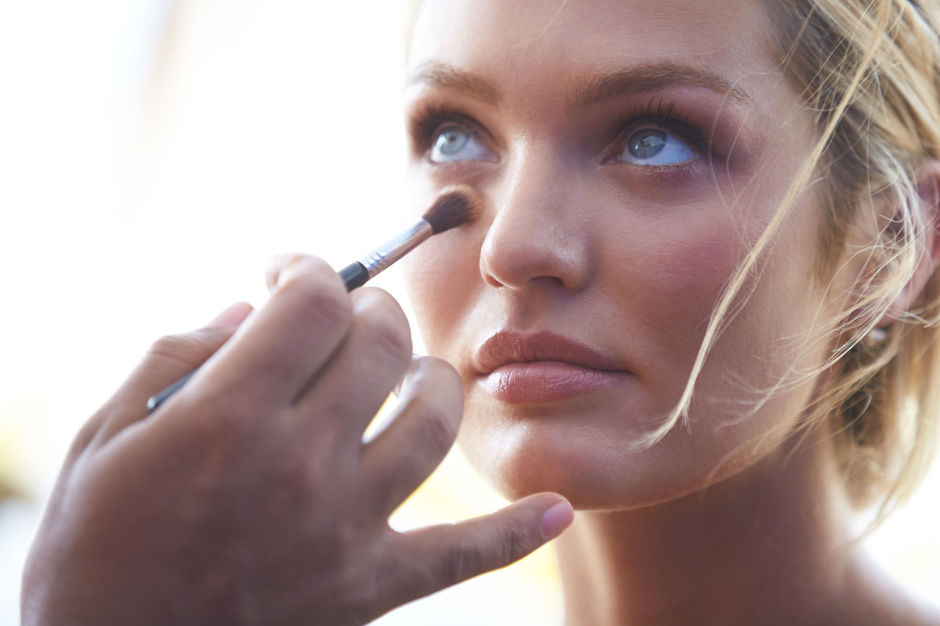 Модель Victoria's Secret Кэндис Свейнпол