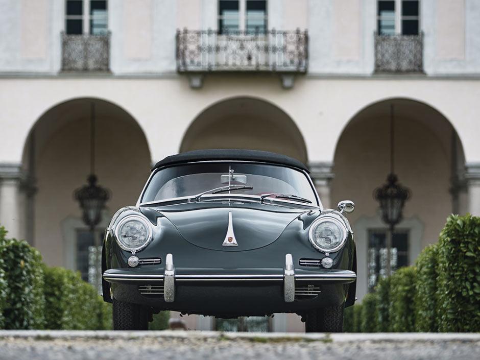 Porsche 356B 1600S Roadster с поднятой крышей, вид спереди
