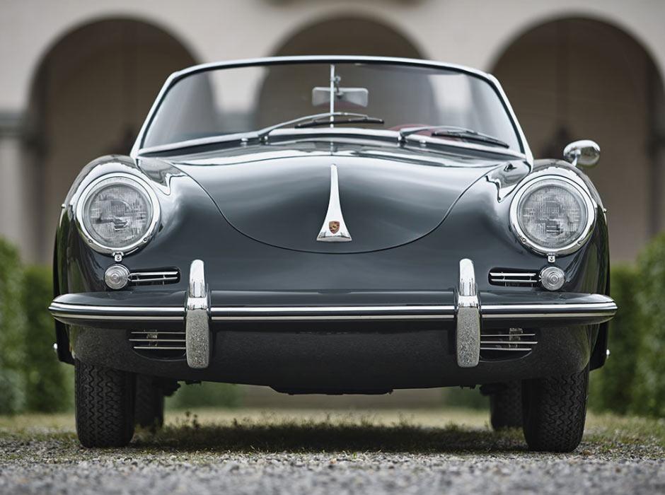 Серый Porsche 356B 1600S Roadster 1961 года, вид спереди
