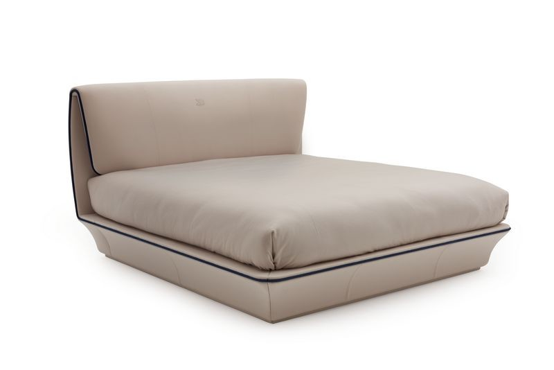 Bugatti home collection Lydia bed. Кровать Лидия из коллекции мебели Бугатти