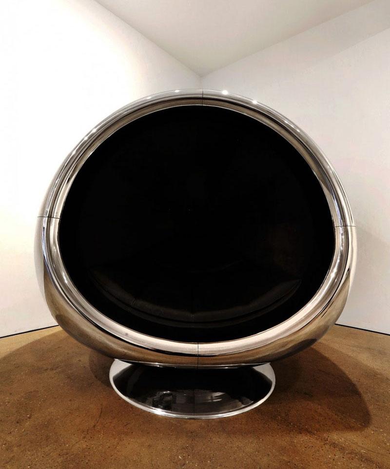 Дизайнерские кресла из кожуха авиадвигателя Боинга 737