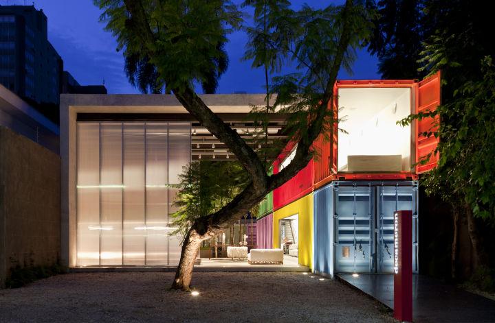 Лего-дом из транспортных контейнеров