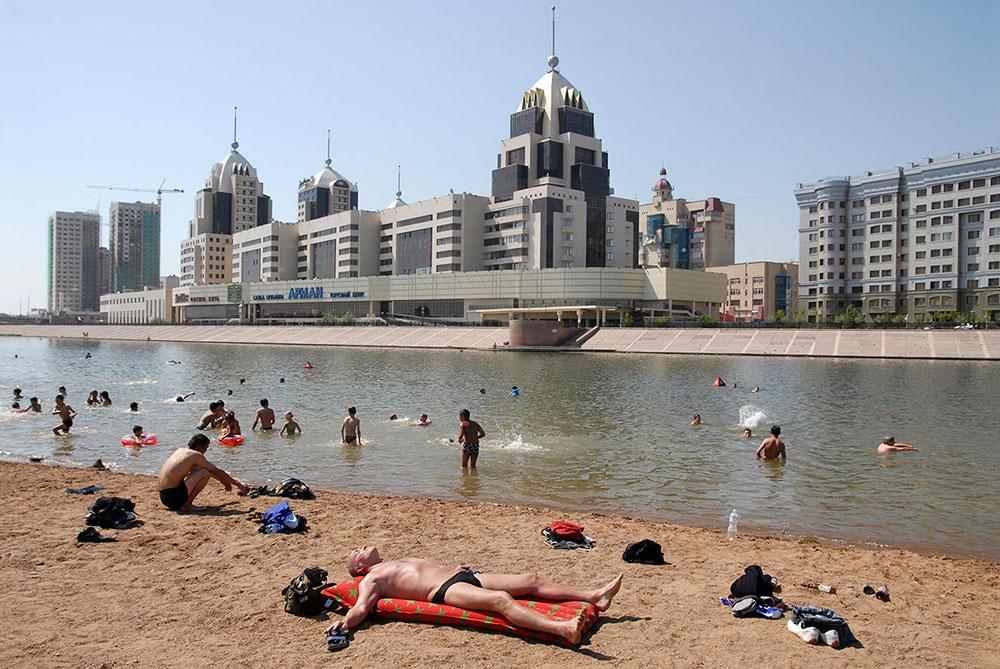 Астана, Казахстан, городской пляж