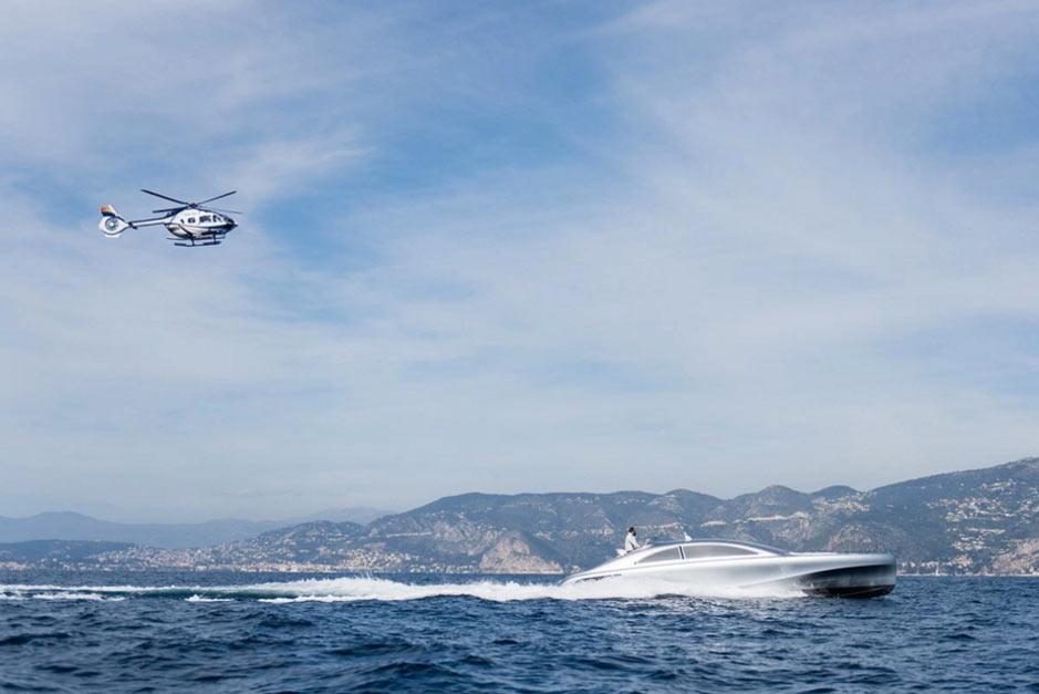 Моторный супер катер Mercedes-Benz Arrow Yacht