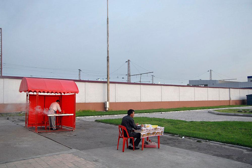 Ташкент, Узбекистан. Уличная харчевня