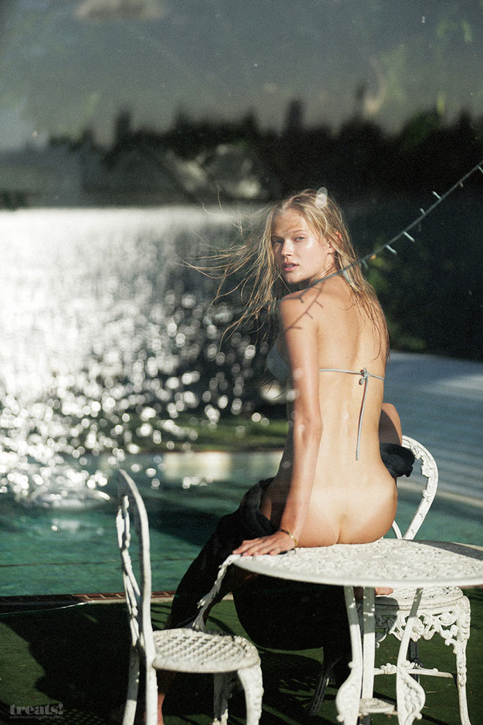 Русская модель Вита Сидоркина в фотосессии для журнала Treats! Magazine