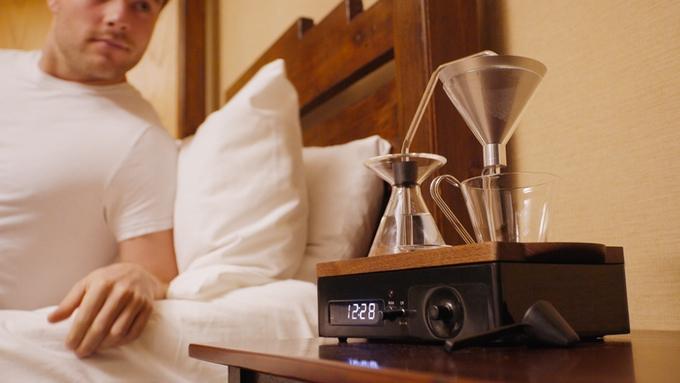 Утро, кофе в постель подаст будильник The Barisieur