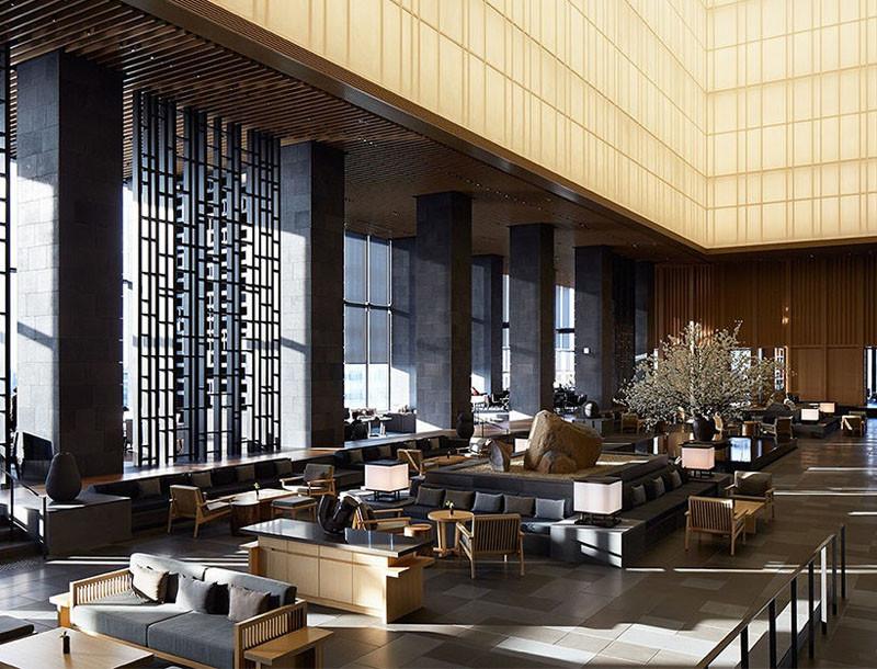 Холл в отеле Amanemu Resort в Японии