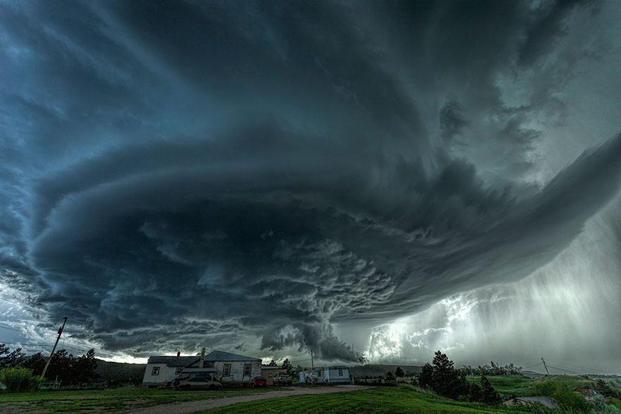 Чудовище, Южная Дакота, США, конкурс фотографий National Geographic трэвел-фотограф года 2016