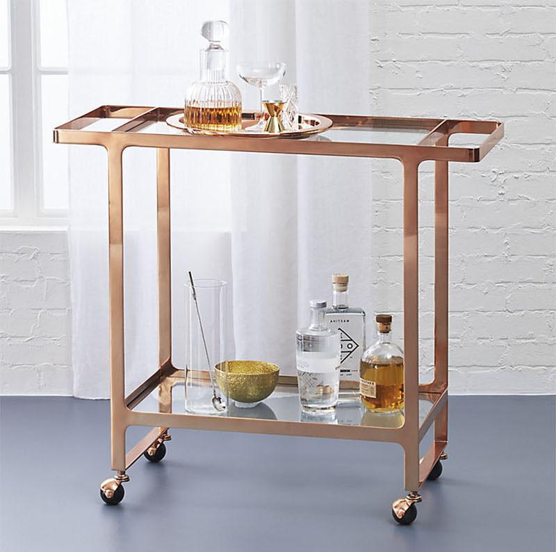 Домашний бар. Сервировочная тележка цвета розовое золото. Dolce Vita Rose Gold Bar Cart from CB2