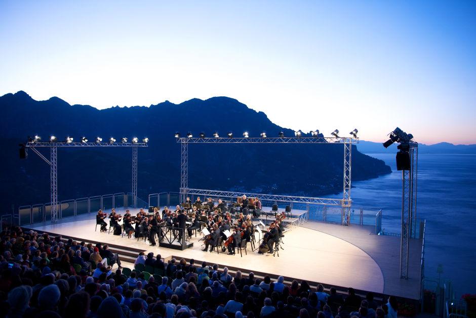 Hotel Palazzo Avino music show stage