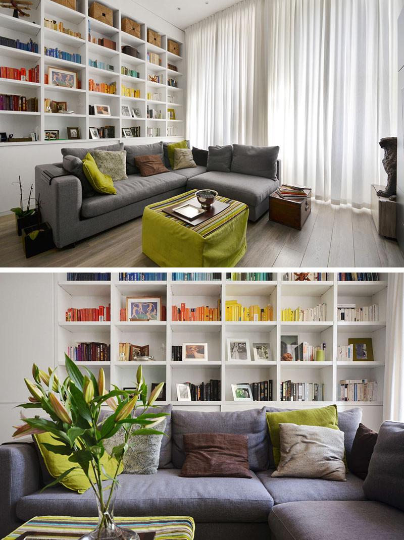 Стиль минимализм. Книжные стеллажи в гостиной