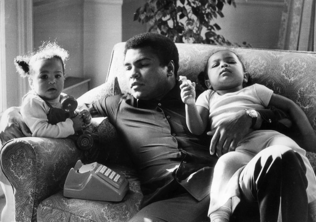 Мохаммед Али с дочерьми Лейлой и Ханной, 19 декабря 1978