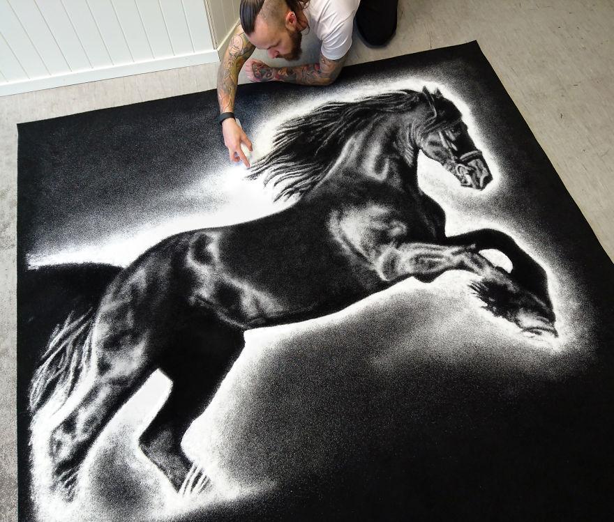 Конь, рисунок солью Дино Томича