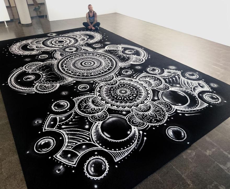 Мандалы, рисунок солью Дино Томича