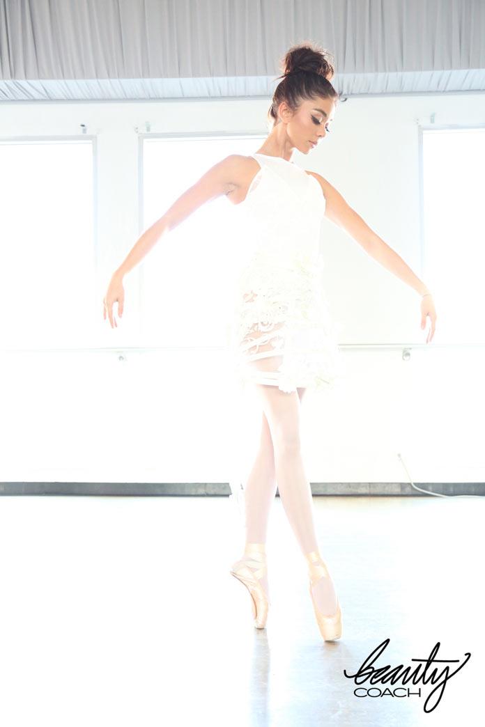 Сара Хайланд в образе Белого лебедя