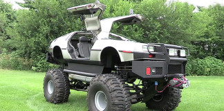 DeLorean DMC-12 Monster Truck
