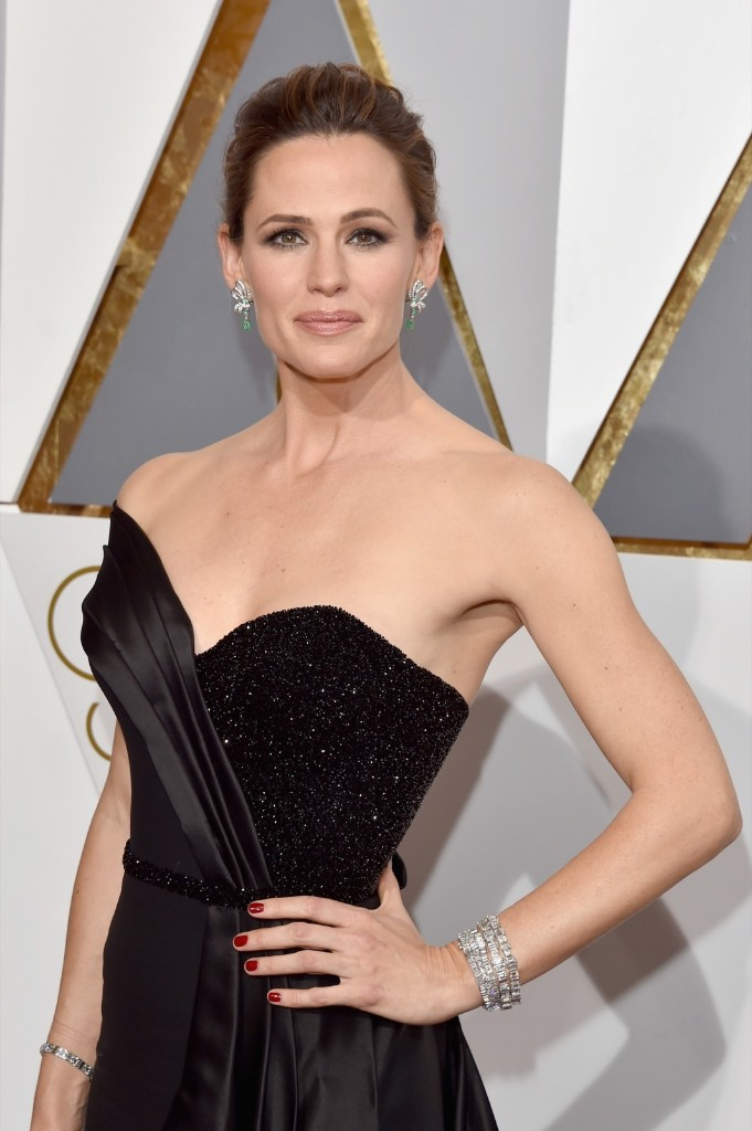Jennifer Garner attends the 88th Annual Academy Awards