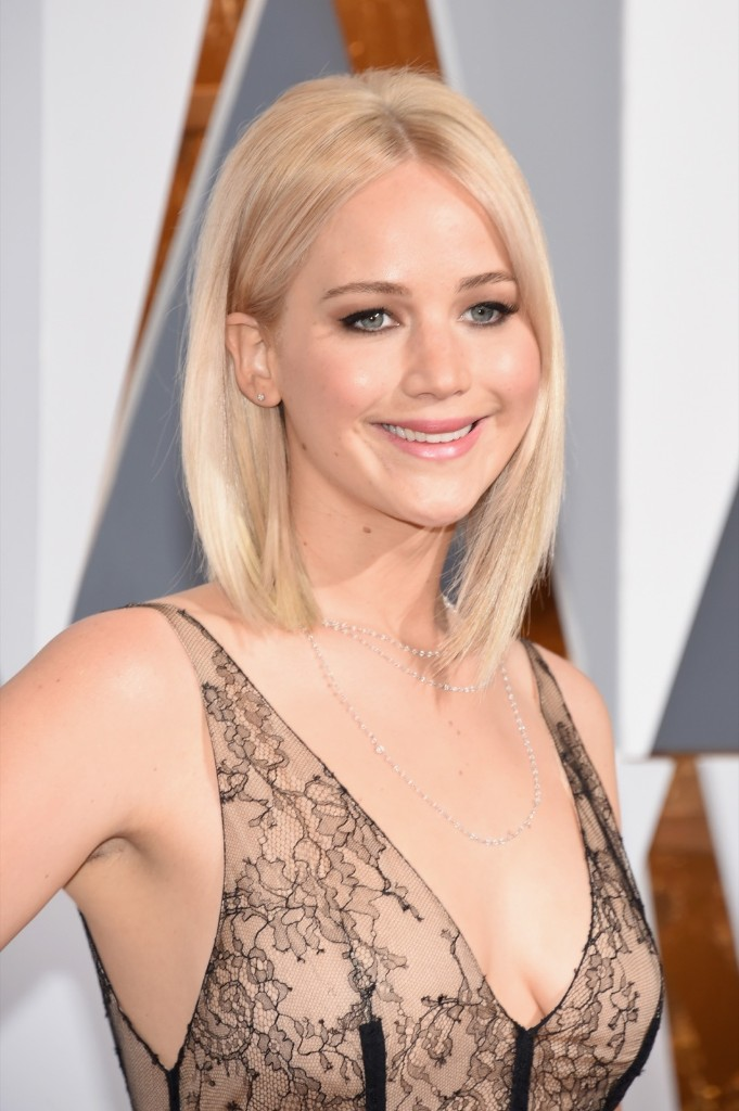 Jennifer Lawrence attends the 88th Annual Academy Awards