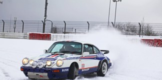 Porsche 911 Snow Drift