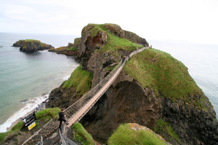 Carrick-a-Rede Rope Bridge, Ireland
