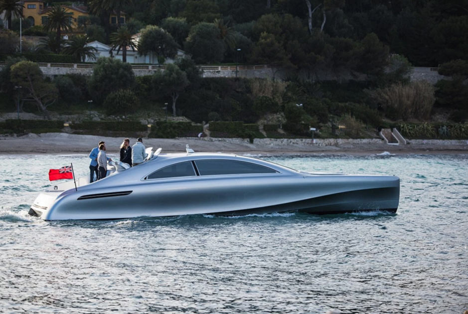 Моторный супер катер Mercedes-Benz Arrow Yacht